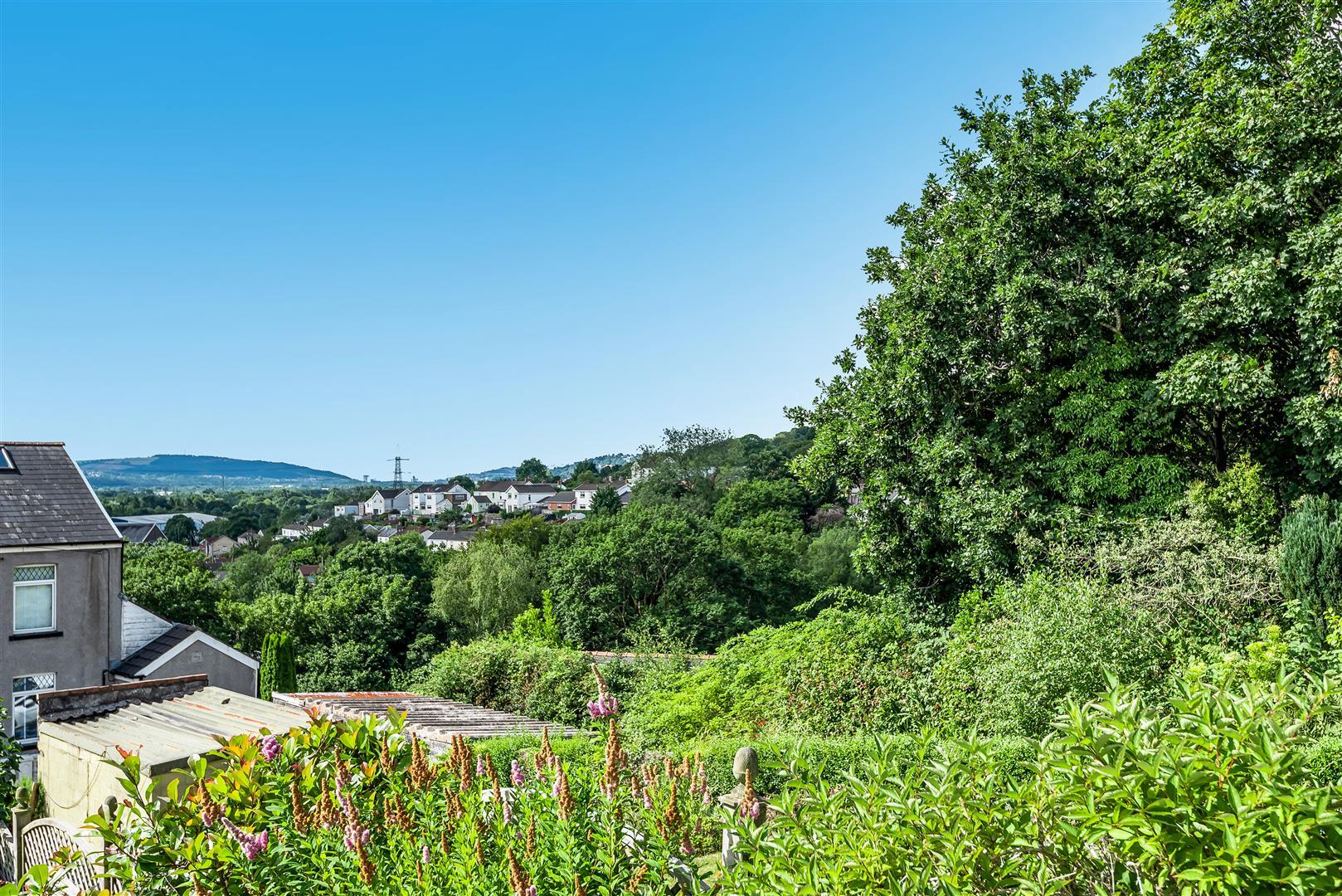 View Road, Clydach, Swansea, SA6 5EP